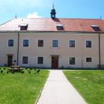 Budova školní jídelny a školní družiny
